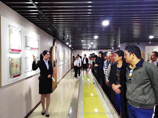 """""""中国档案珍品展""""在南宁市档案馆举办-武新移动密集架厂家"""