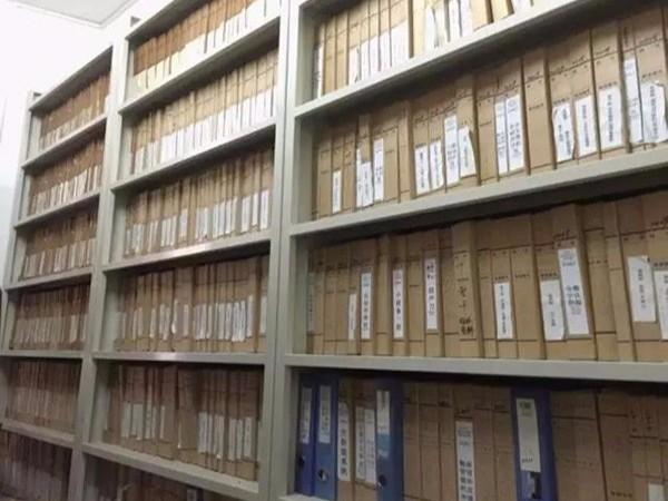为何档案密集架中要储存设备档案
